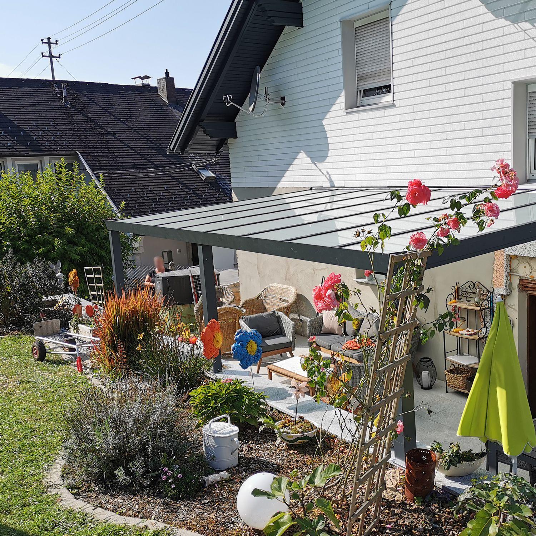 Alu Terrassenüberdachung mit Milchglas – VSG mit matter Folie