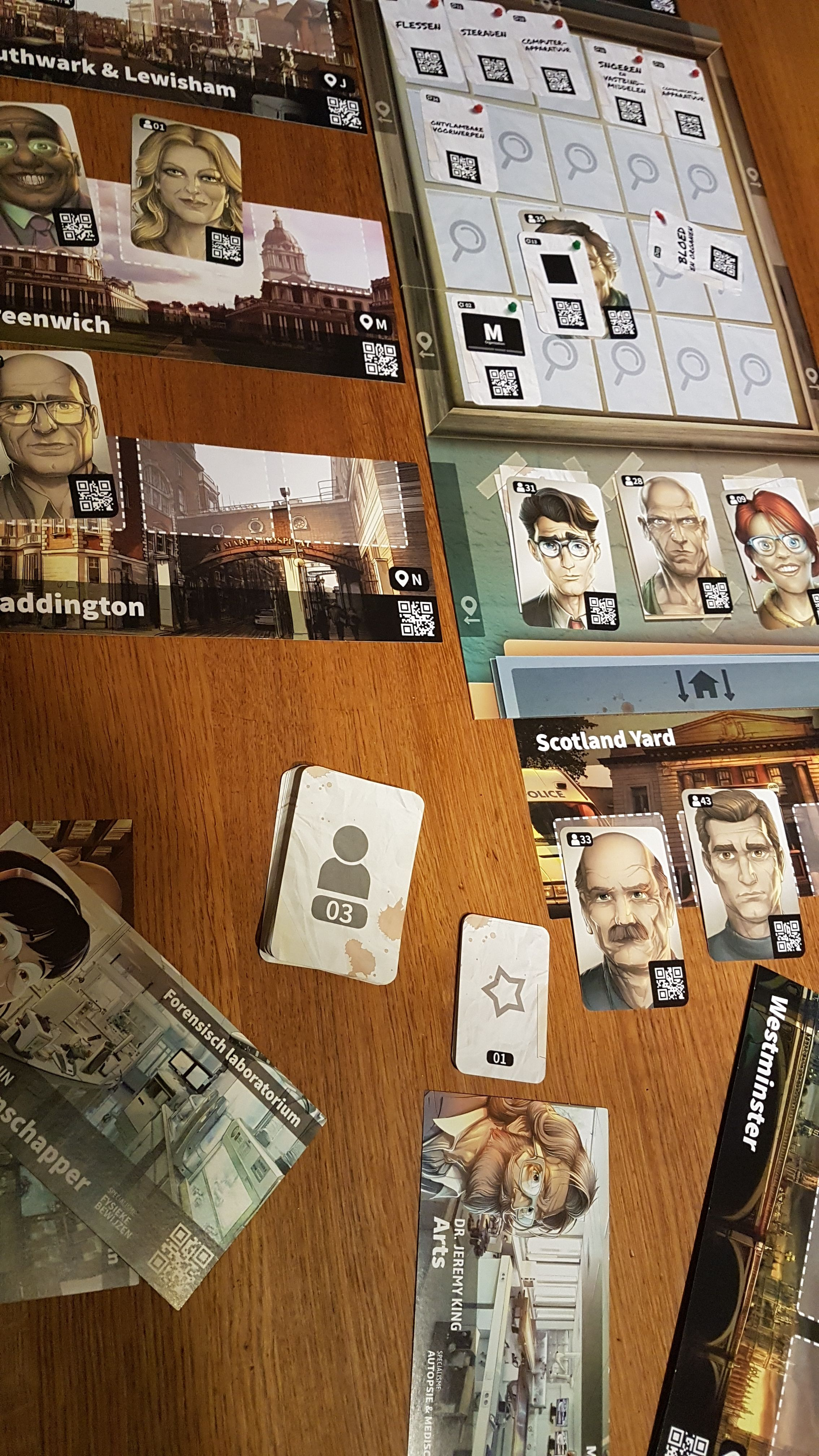 chronicles of crime board game with app artificial