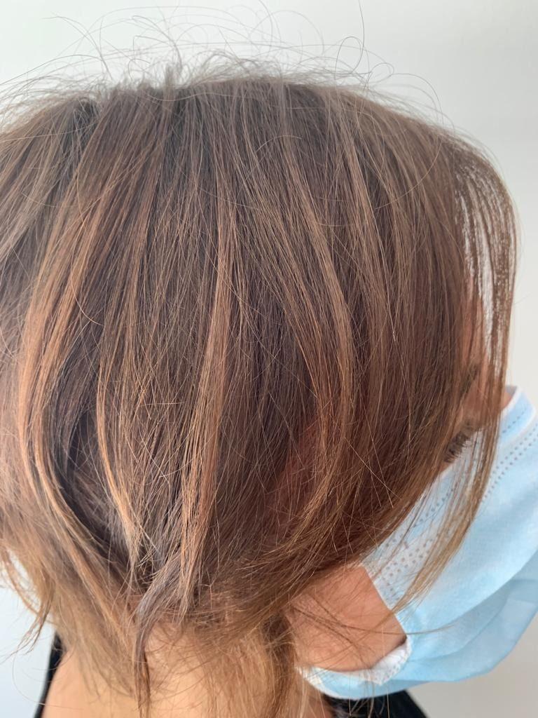 Joyá Color Almendra Tostada Multireflejos Que Aportan Movimiento A Tu Color Reserva En El 93 675 51 16 Passeig Francesc Peinados Peluqueria Estetica