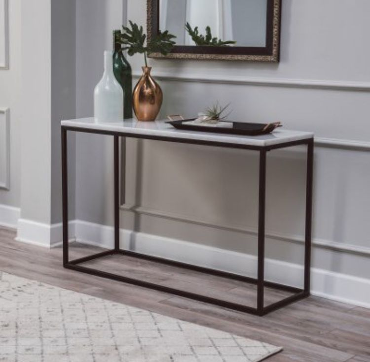 Pin By S Wink On Random Home Things With Images Console Table Styling Marble Console Table Marble Tables Living Room