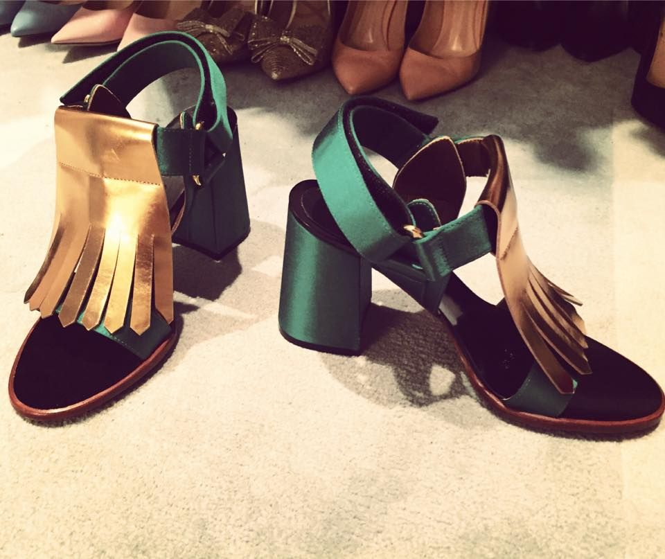 Kelly Ripa's Green Marni shoes. LIVE with Kelly and Michael Fashion Finder