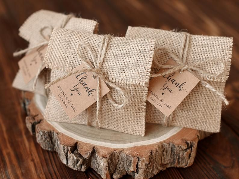 Burlap Favor Bags Wedding Gift Bags Natural Rustic Linen Etsy In 2020 Burlap Favor Bags Burlap Wedding Diy Wedding Gift Bags