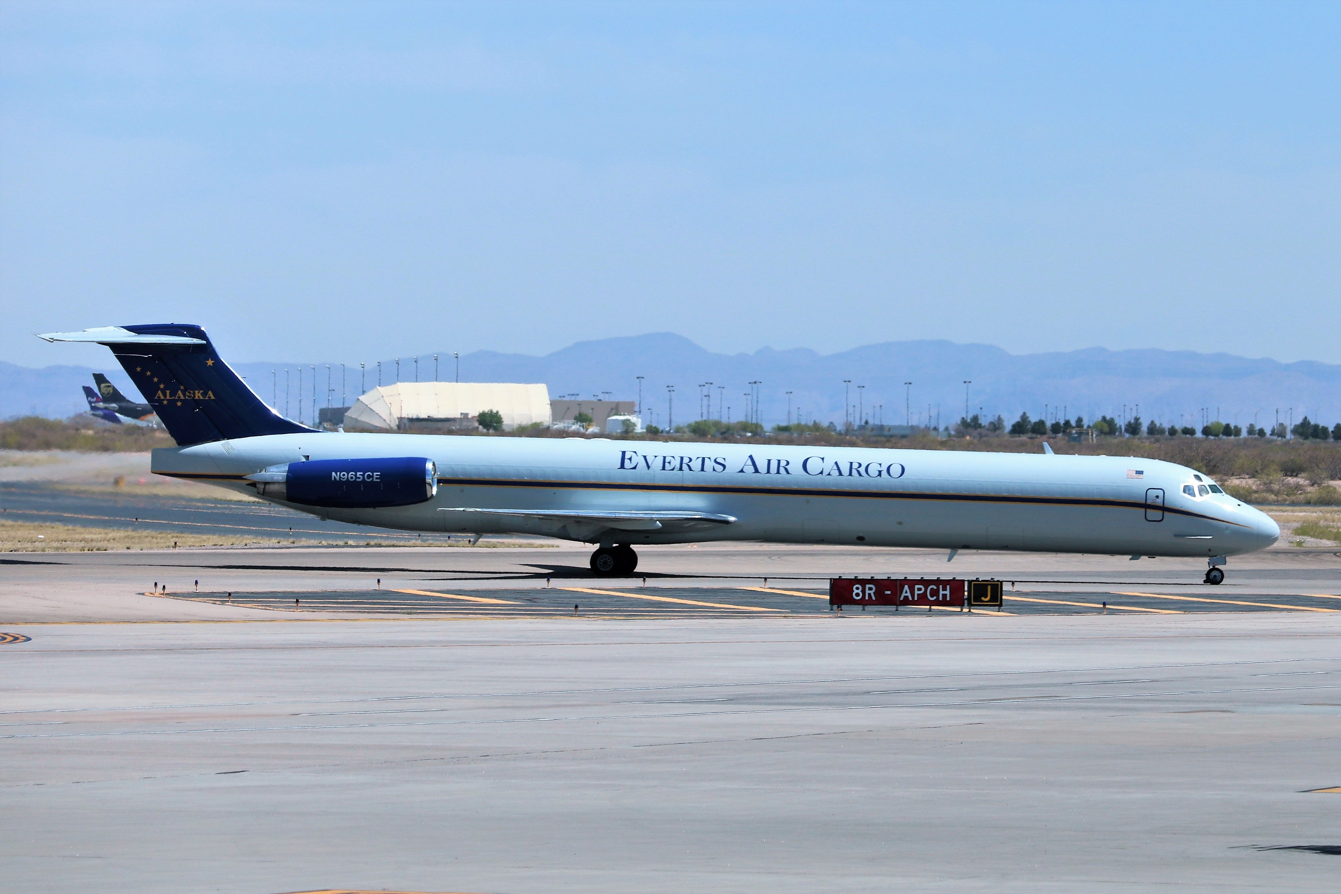 Everts Air Cargo MD83 Air cargo, Cargo airlines, Cargo