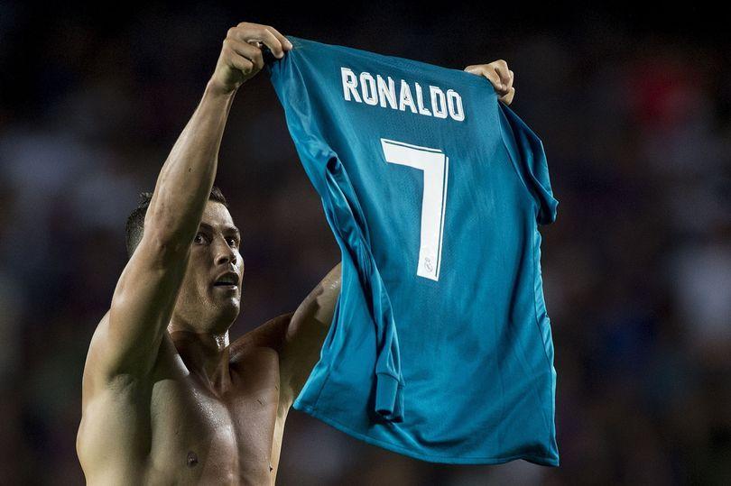 Ronaldo Mocks Messi With Goal Celebration But It Backfires Spectacularly Ronaldo Cristiano Ronaldo Christiano Ronaldo