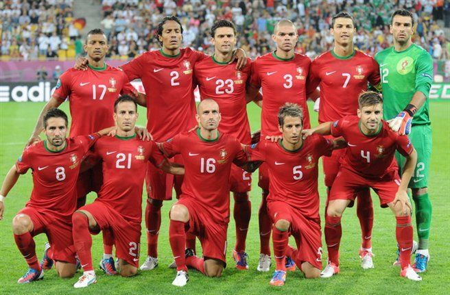 Os Melhores Jogadores De Futebol De Portugal Ehow Brasil Selecao Portuguesa De Futebol Melhores Jogadores De Futebol Jogadores De Portugal