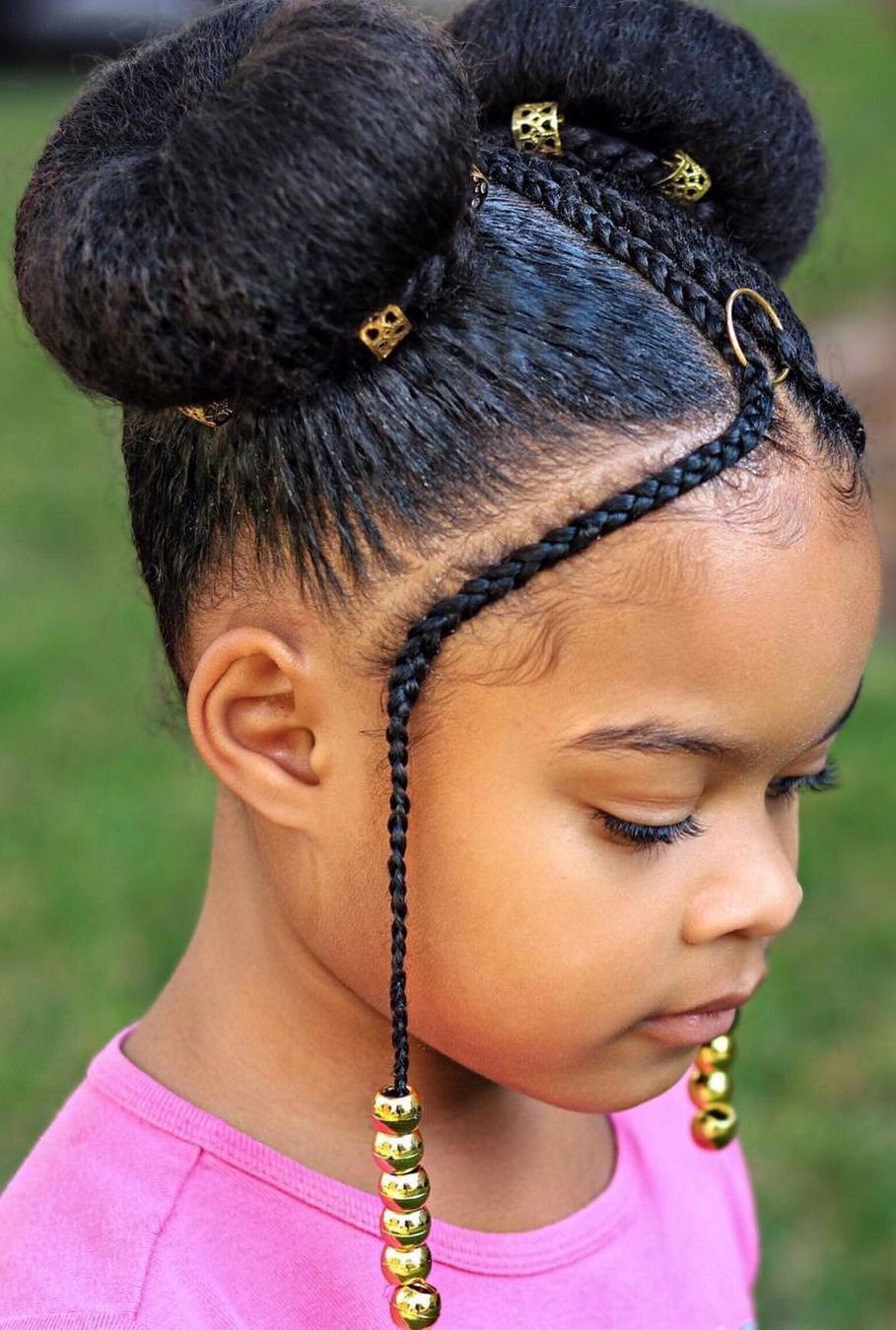 Enter into the greatest collection of protective hairstyles for the African American women with an enormous number of designs and styles. #protectivestyles #protectivehairstyles #naturalhairstyles #braids #africanamericanwomen #hairstyles