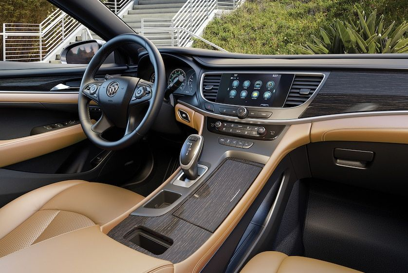 Image Of The Front Cabin In The 2018 Buick Lacrosse Full Size Luxury Sedan Featuring The Premium Brandy Interior Luxury Sedan Buick Sedan