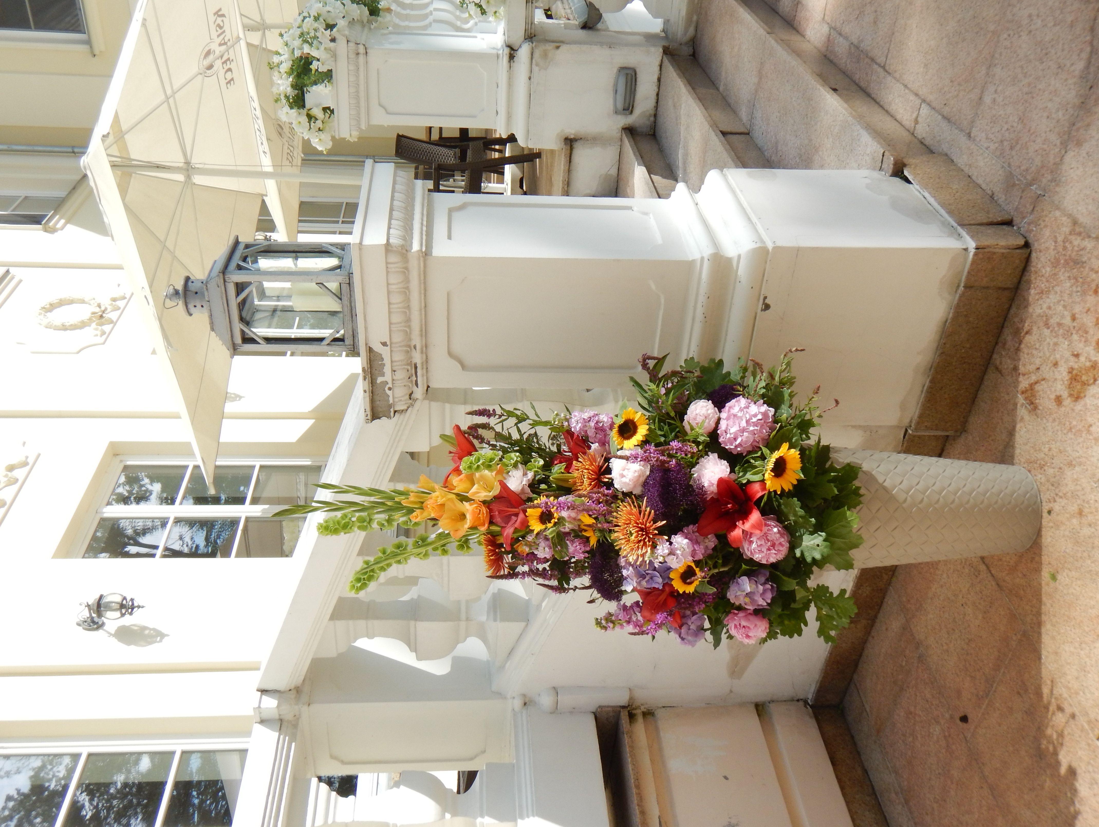 Florystyka Eventowa Table Decorations Decor Home Decor