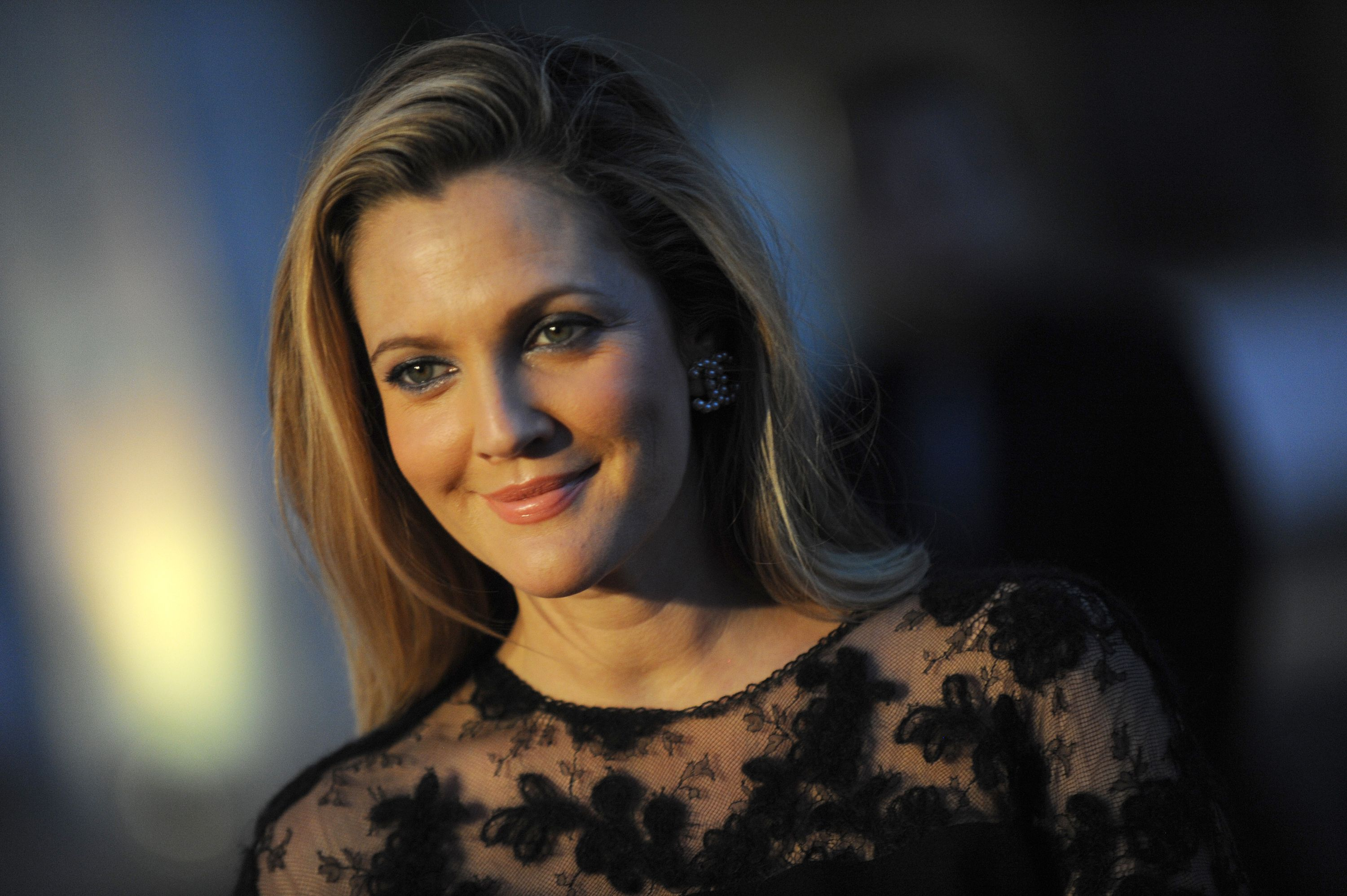 "Quotes By Famous Women Inspirational Quotesfamous Women Drew Barrymore ""life Is Very"