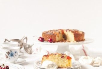 Cherry and Apricot Cake with Amaretto Cream July 13, 2015 by vikalinka 8 Comments