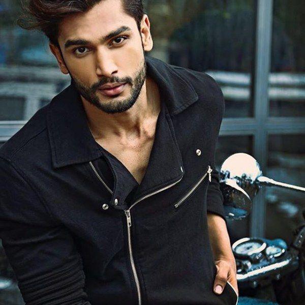 Фото модели мужчины модельное агенство строитель