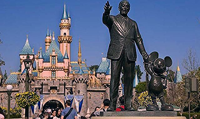 You Won't Believe What Disneyland Used to Look Like