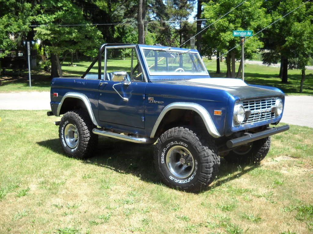 76 bronco BRONCOS Bronco sports, Ford bronco, Ford trucks