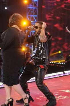 Omarion Hit With Lawsuit Over Concert Fight Topix Concert Newburgh Ny Newburgh
