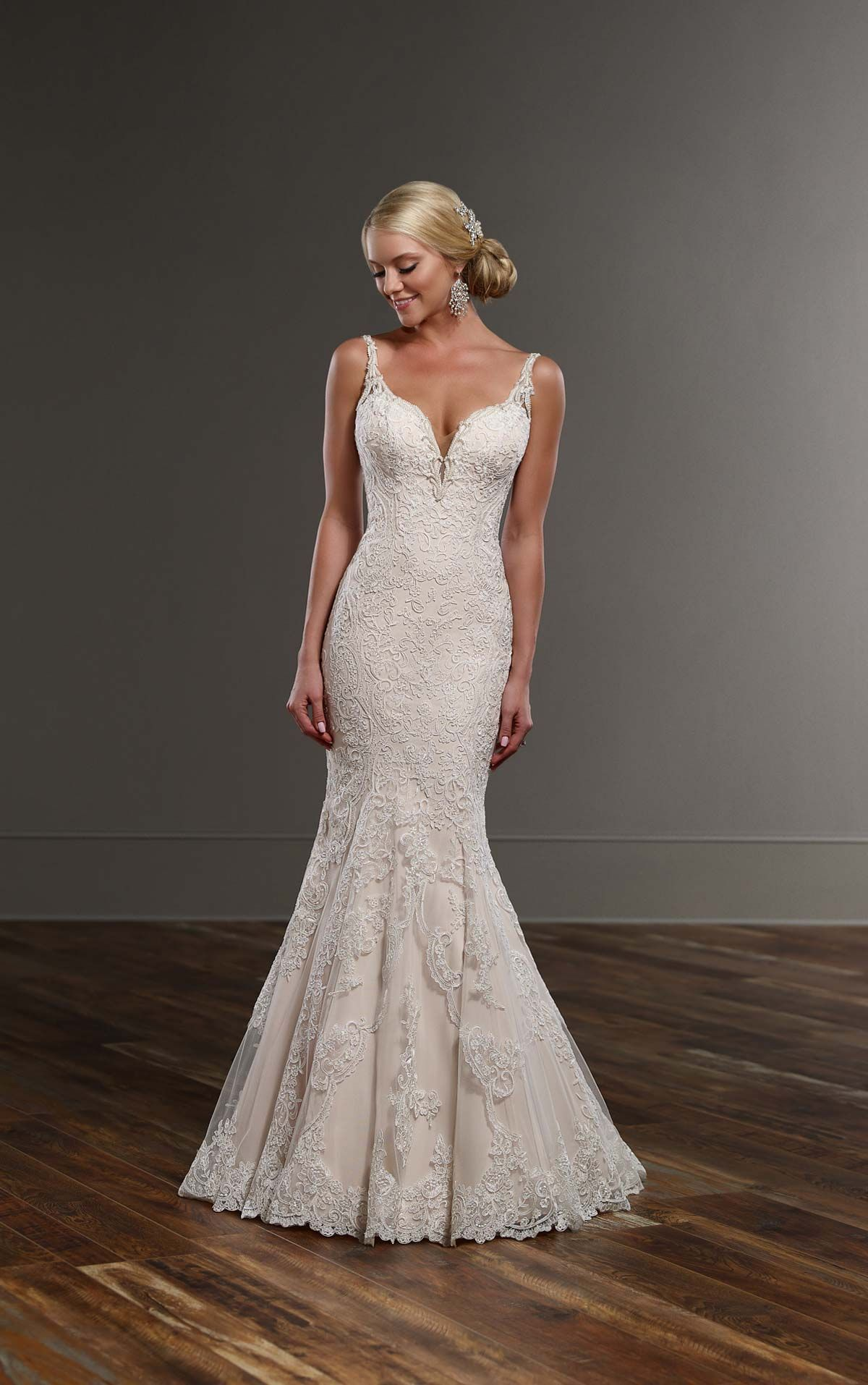 This Lace Over Matte Side Re Satin Fit And Flare Designer Wedding Gown From Martina Liana Offers A Y Deep V Neck Flirty K Boo Back