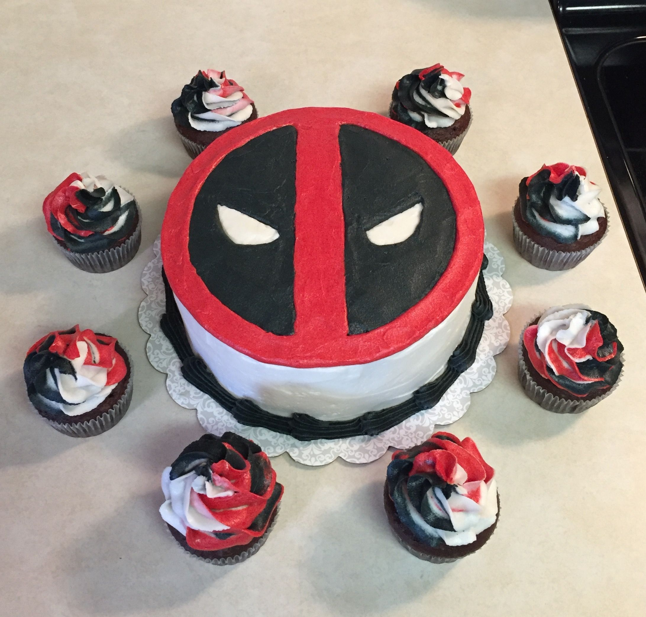 Deadpool Cake With Images Deadpool Cake Pool Birthday Cakes