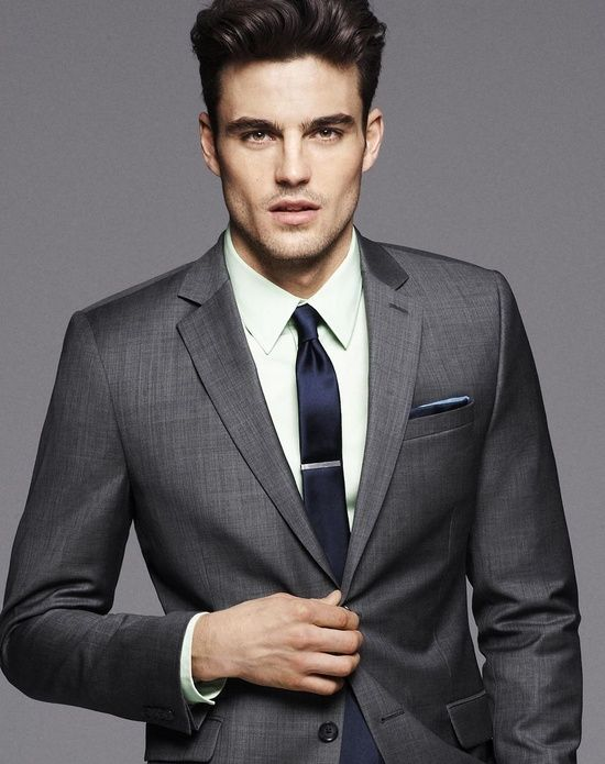Charcoal suit. Navy tie and clip. Navy pocket square. | ☞ Men's ...