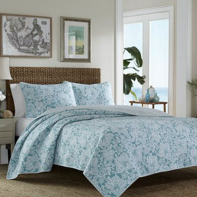 Island Memory Reversible Quilt Set Quilt Sets Home Tommy
