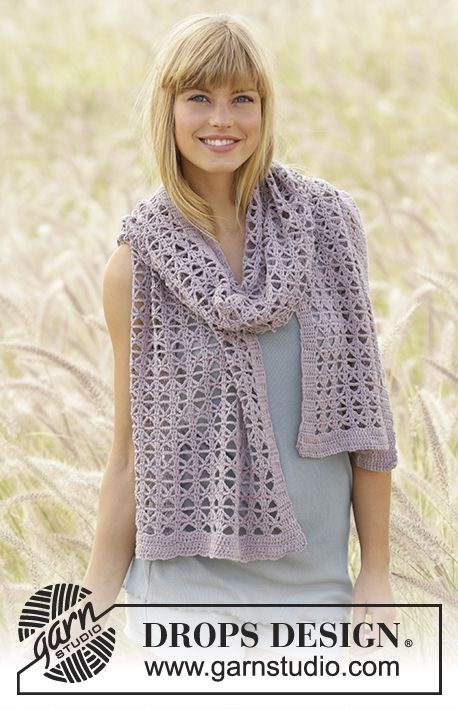 Crochet DROPS scarf with lace pattern in \