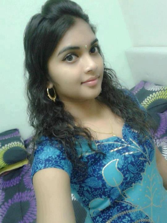 Single Girl In Delhi For Friendship