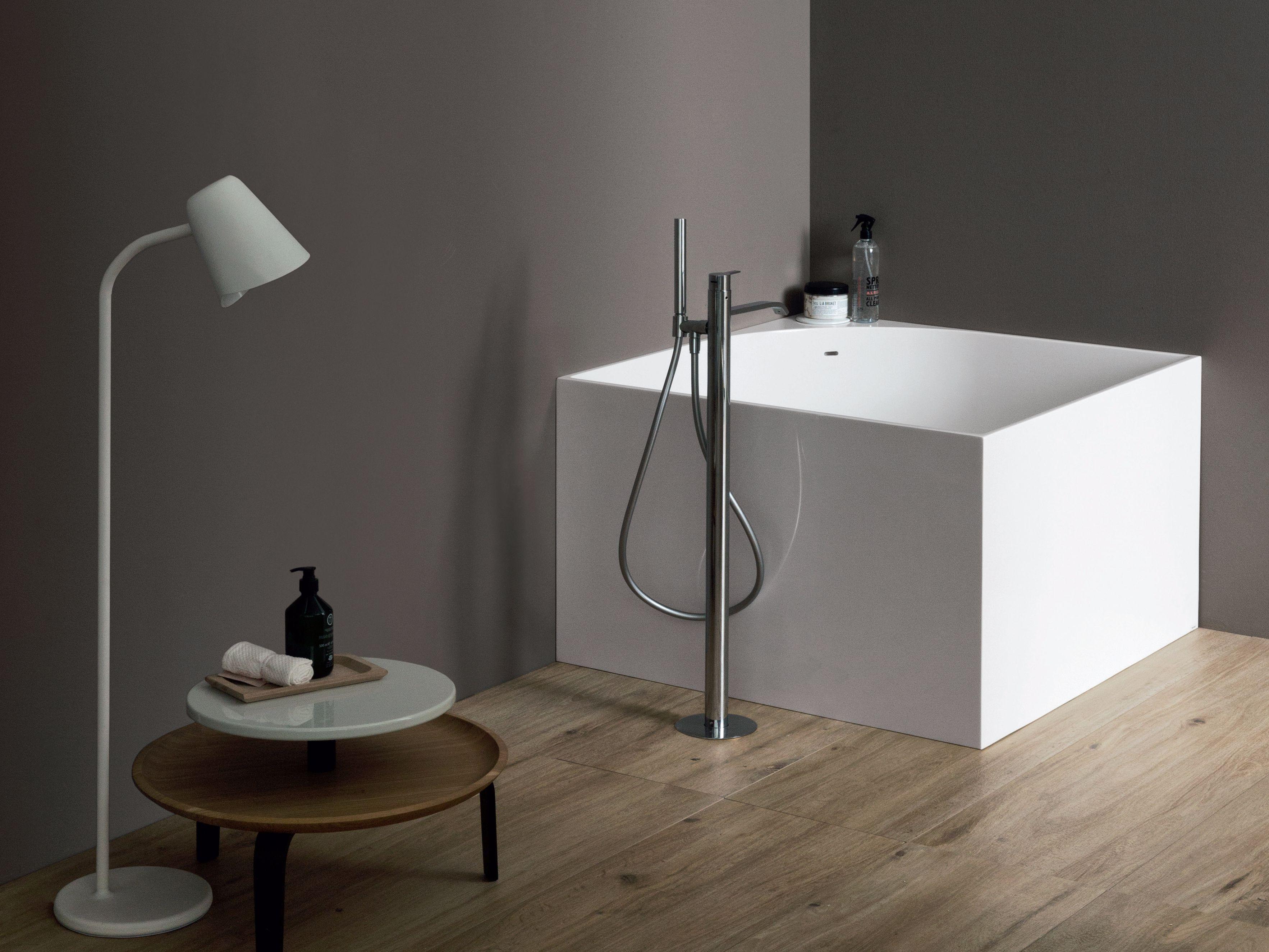 Vasca da bagno quadrata tub collezione vasche da bagno by nic