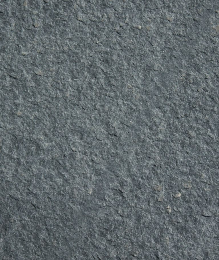Contrast Between Stone And Plaster Finish: Kirkby Flame Textured Burlington Stone