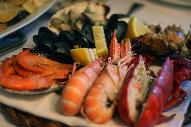 The Best Seafood And Paella Restaurants In Barcelona A Guide To Top With Dishes Ranging From Crab Risotto