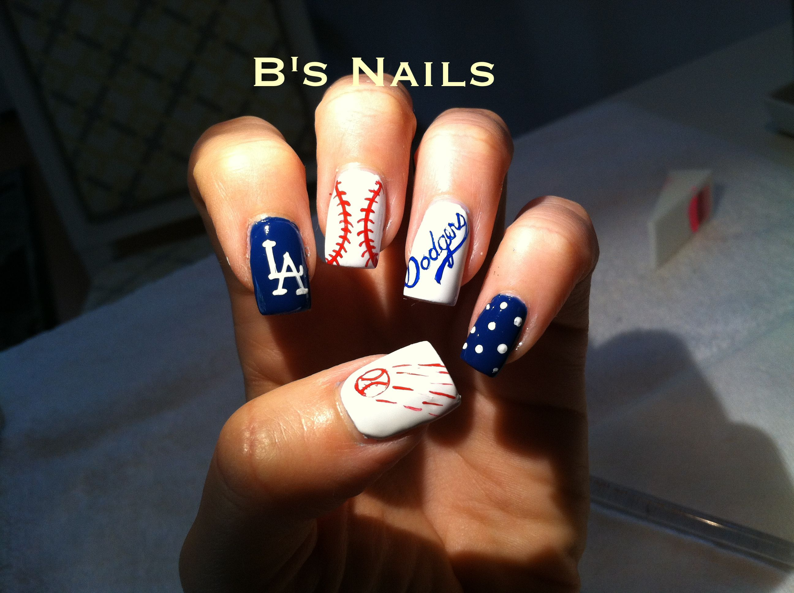 Dodgers Bs Nails Similar Style Just As Green And Gold Instead