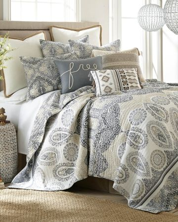 Medallion Print Luxury Quilt Collection, Main View