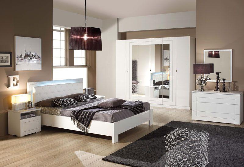 excellent vous cherchez de nouveaux meubles pour raliser votre intrieur de rve salles manger. Black Bedroom Furniture Sets. Home Design Ideas