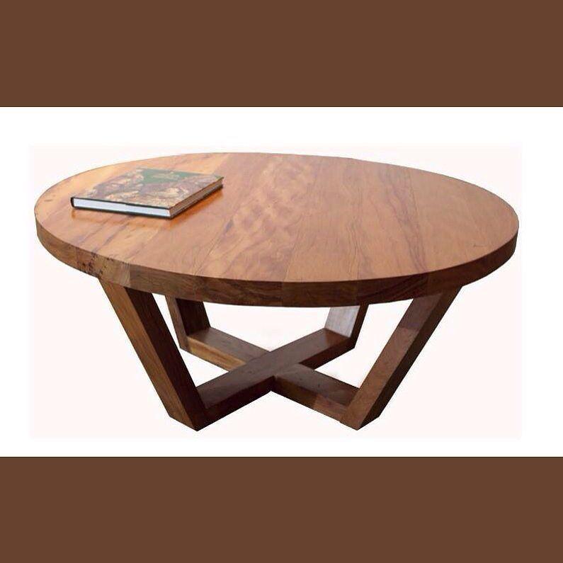 On instagram by verde_eco_marcenaria  #homedesign #metsuke (o)  http://ift.tt/1OyKX6e  Mesa Trapézio - executada em madeira de demolição - design Verde Eco Marcenaria  #verdeecomarcenaria #verde #verdedesign #mesa #table #mesatrapezio #madeira #madeiramacica #madeiradedemolicao #wood #woodrecr #homedecor  #altadecoracao #design #designverde #decoration #decor