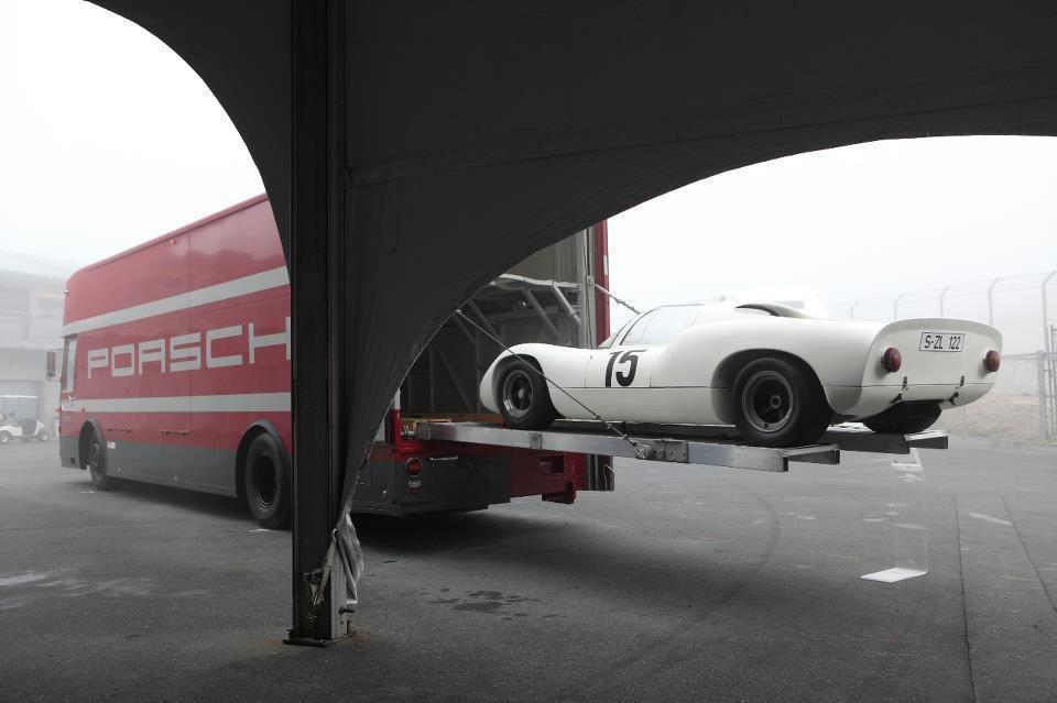 Porsche Race Transporter, Porsche 910 (Carrera 10), 1966-1967