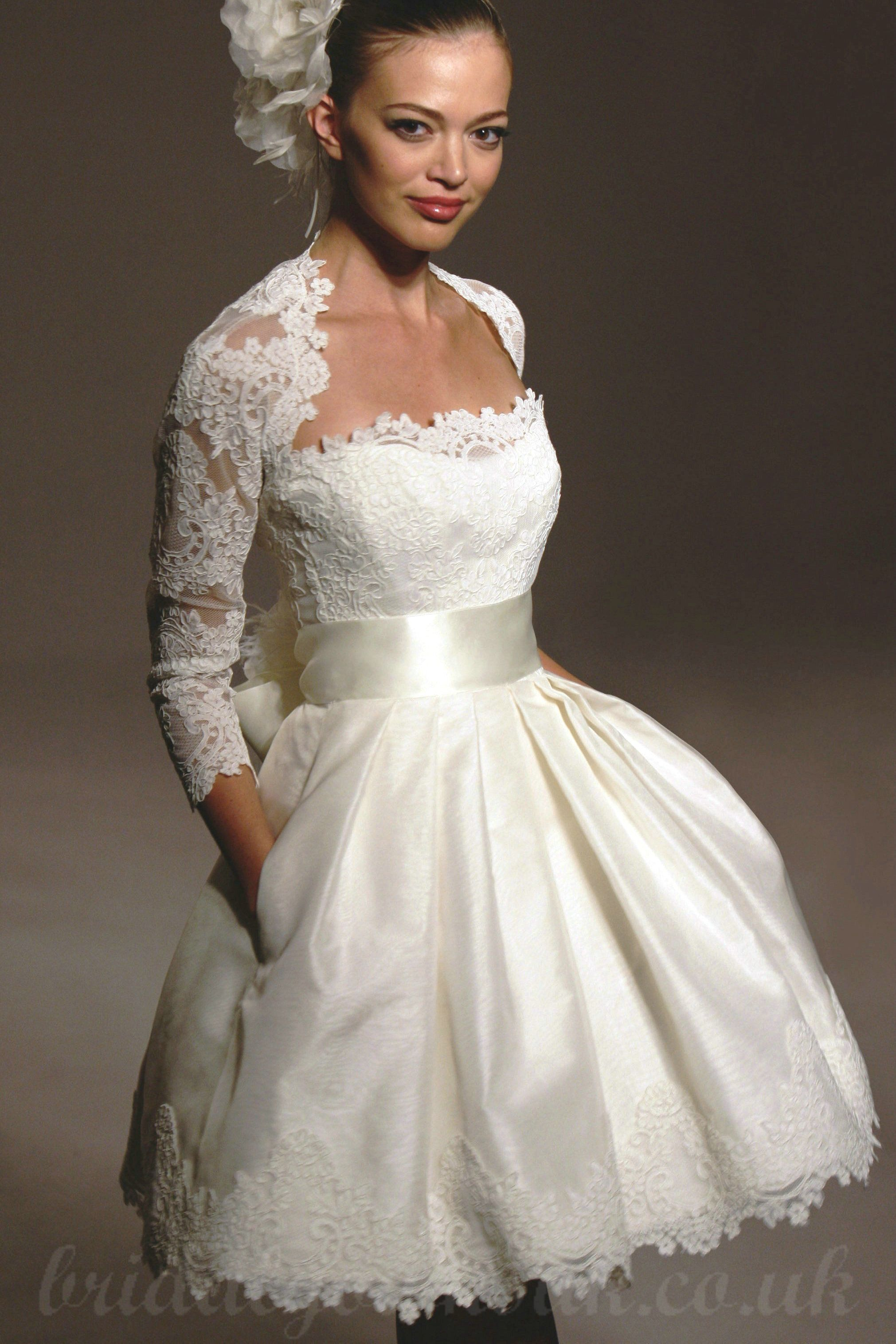 Dislike The Jacket But Love Those Pockets Short Wedding Dress Short Lace Wedding Dress Wedding Dress With Pockets [ 3032 x 2021 Pixel ]