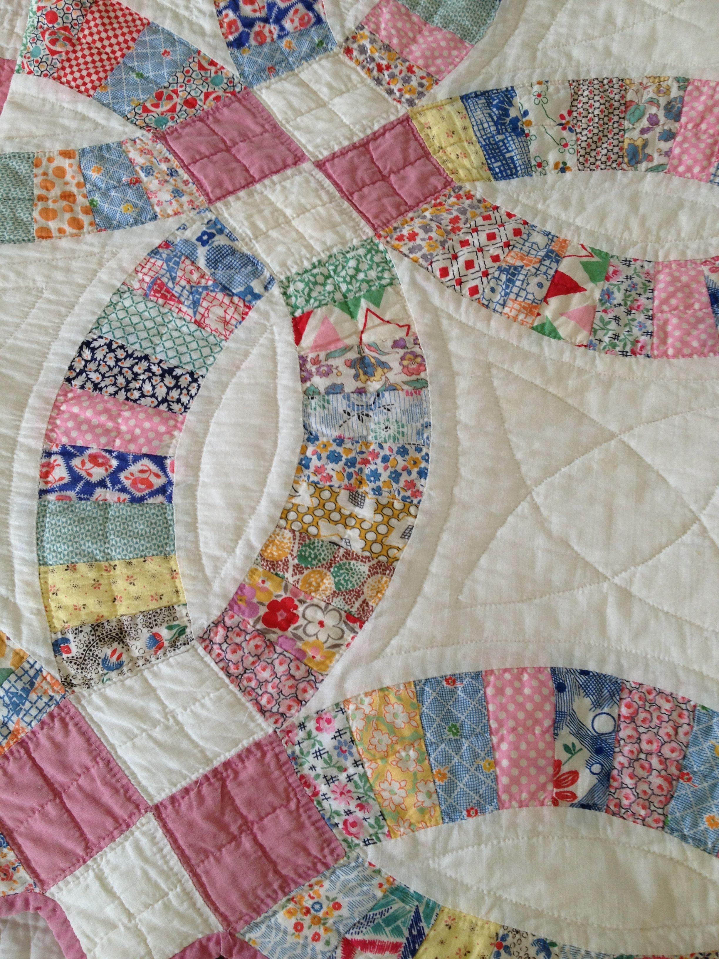Lovely wedding ring quilt Applique, patchwork and quilts