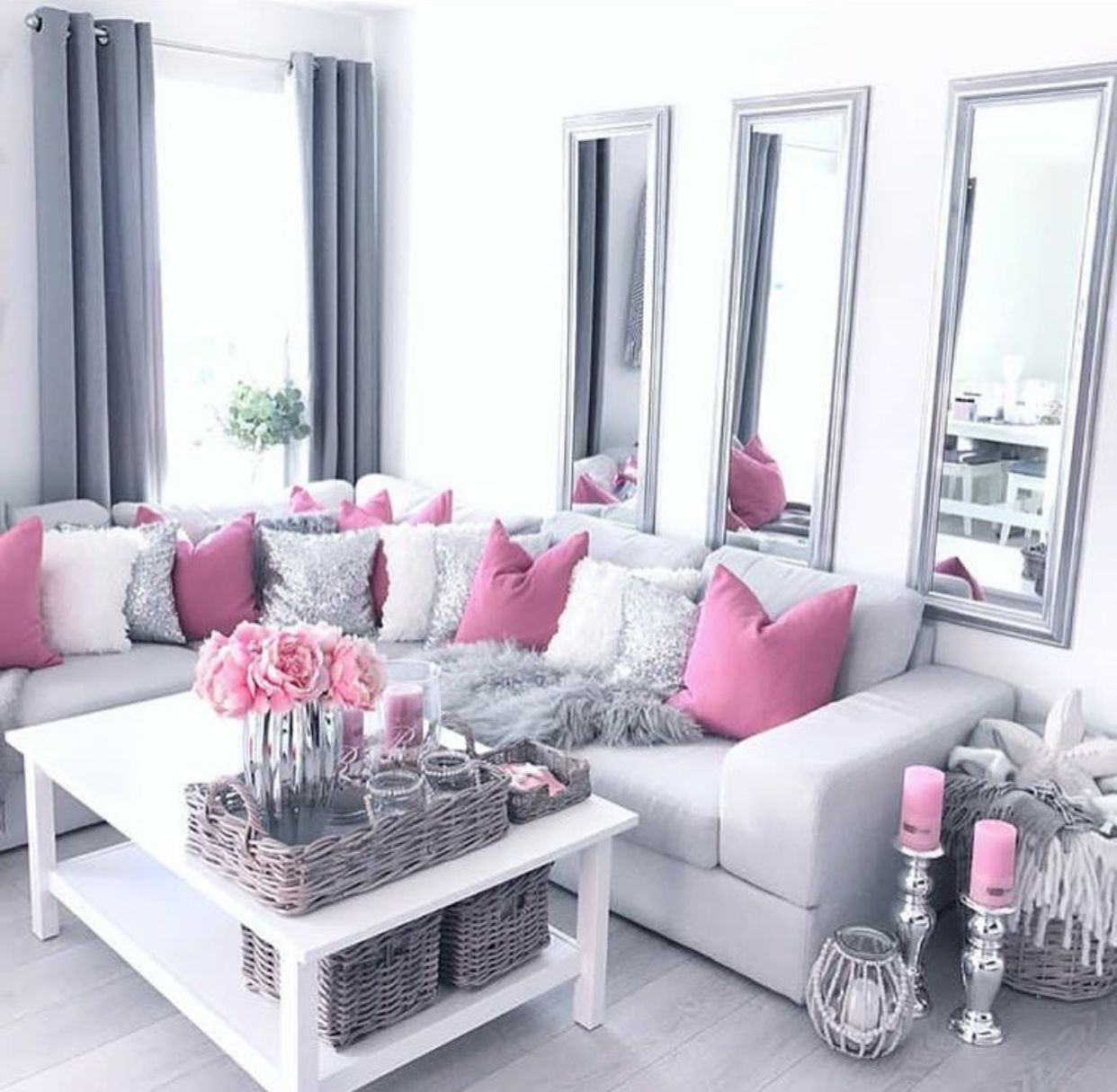 Pin By Teia Nicole On Home Decoration Living Room Decor Modern