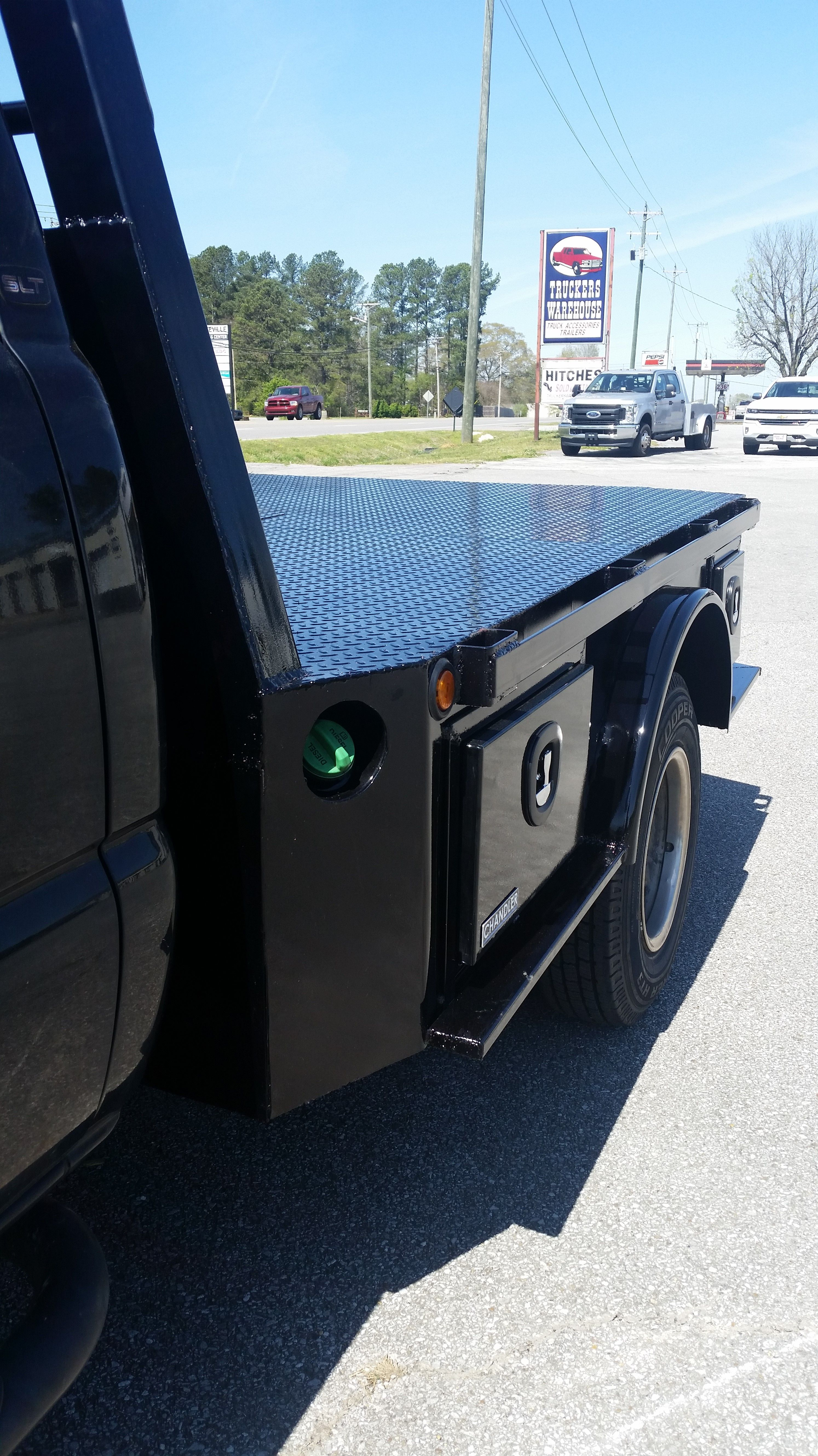 Skirted Steel Flat Bed Custom Truck Beds Aluminum Truck Beds Truck Flatbeds