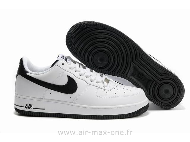 nike air force one femme noir
