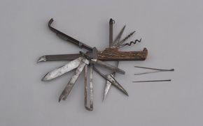 A Multi Bladed Coachman S Knife 11 5cm Main Blade Ten