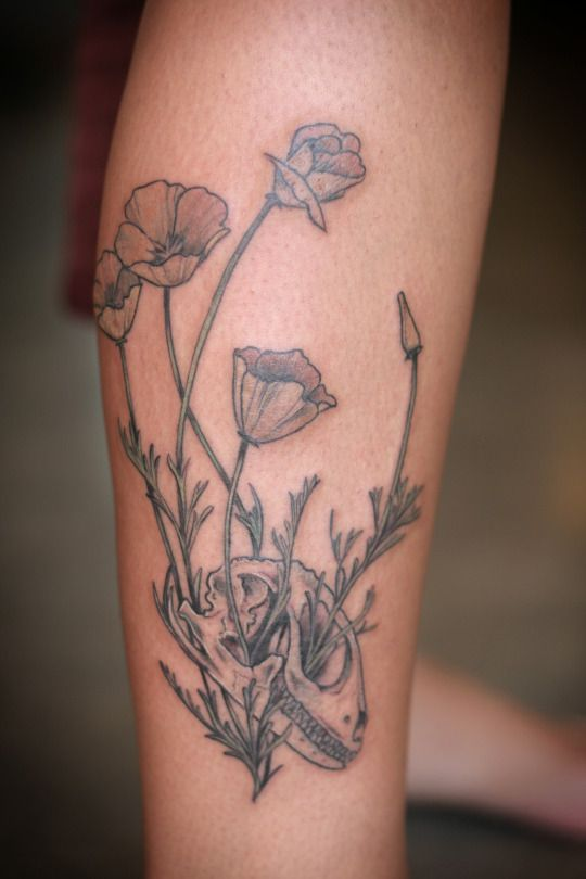 Alice Carrier Poppies Tattoo Bouquet Tattoo Leg Tattoos