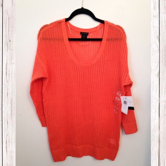 BNWT Calvin Klein sz L cable knit coral sweater Brand new. Size L. Gorgeous color in Coral Sky. Originally $79.50. No flaws of any kind. Prices are negotiable, just no low balling please! Calvin Klein Sweaters Crew & Scoop Necks
