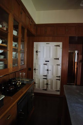 Skylands Edsel Ford Maine Butler S Pantry Refridgerator Art Deco Kitchen Fabulous Kitchens Kitchen
