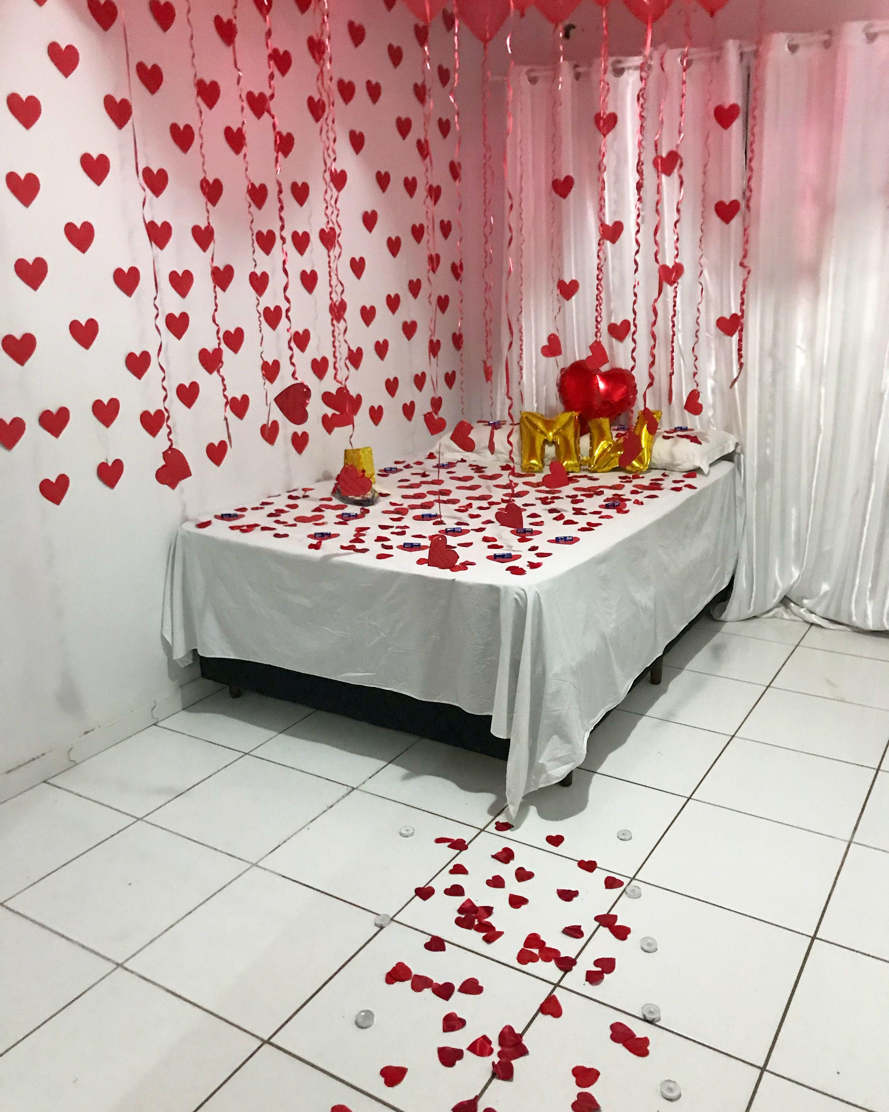 Surpresa para namorado no quarto
