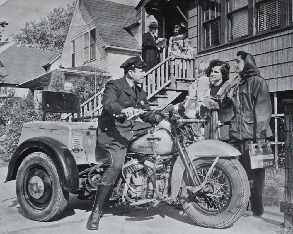 1958 Harley Davidson ServiCar 1940 Indian Chief Police