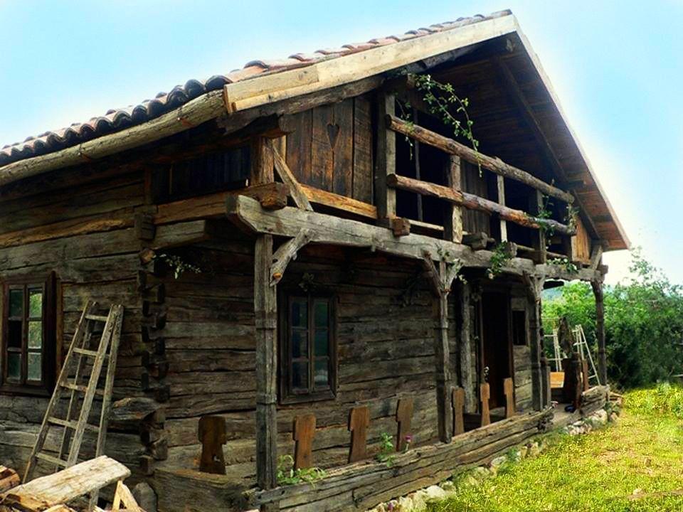 Adelaparvu.com despre case din lemn vechi mester danut hotea case