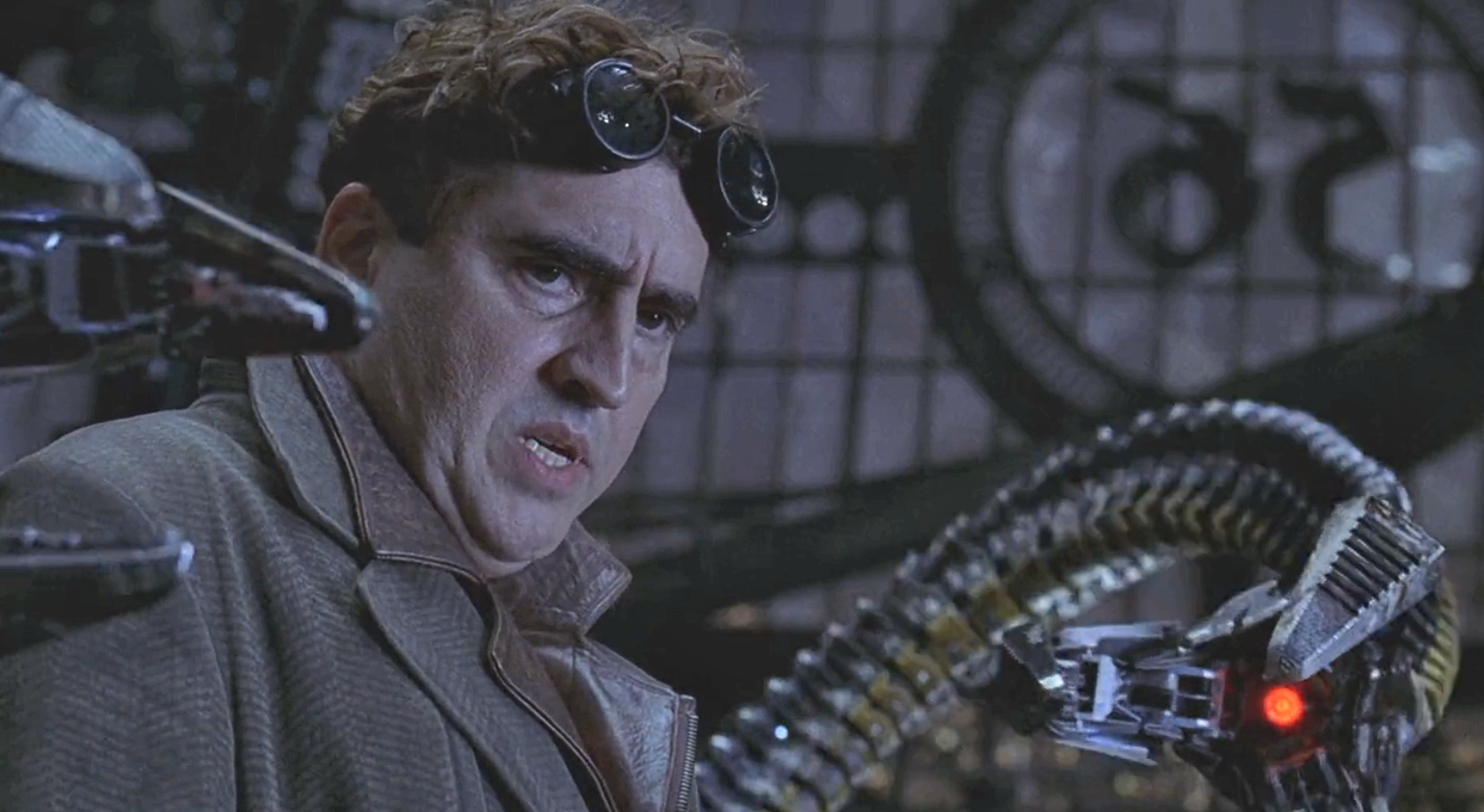 Marvel in film n°7 - 2004 - Alfred Molina as Dr Octopus ...