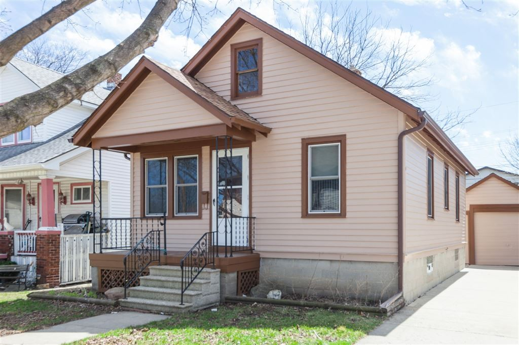 Cheaper Than Rent This Charming 2 Bed 1 Bath Ranch Offers