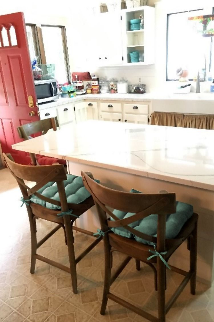 I Bought Hayden Turquoise Dining Cushions For Our Island Chairs They Fit Our Chairs Great And I With Images Dining Chair Pads Kitchen Chair Pads Turquoise Dining Chairs