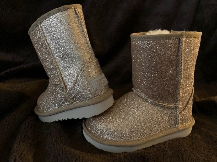 size 9 gold uggs   Uggs, Boots, Ugg boots