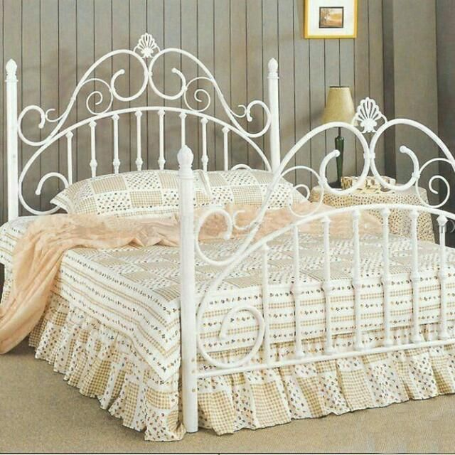 victorian bed FRAME - Google Search | 19th Century Interiors ...