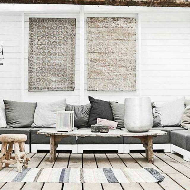 Zo ik gooi er gewoon wat tuin inspiratie in op deze druilerige dag, na ons 'beachweekend' nog zoveel meer zin in voorjaar en zomer! #tuininspiratie #garden #inspiremegarden #buitentuin #overkapping #zomer #lifeinthegarden #tuinbank #scandic bron:pinterest